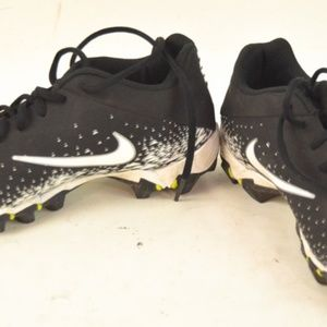 Black & White Nike Cleats Size 4.5Y Boys